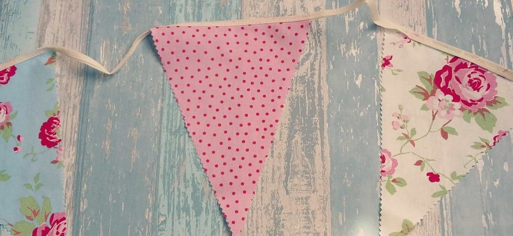 Fiver Under £5 easter bunting